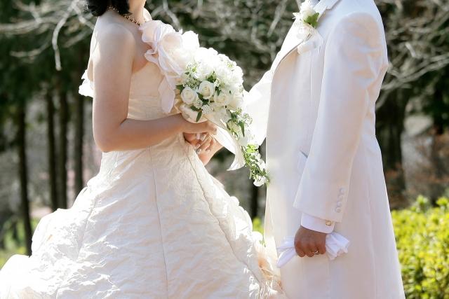 生い立ちムービーで結婚式に感動を